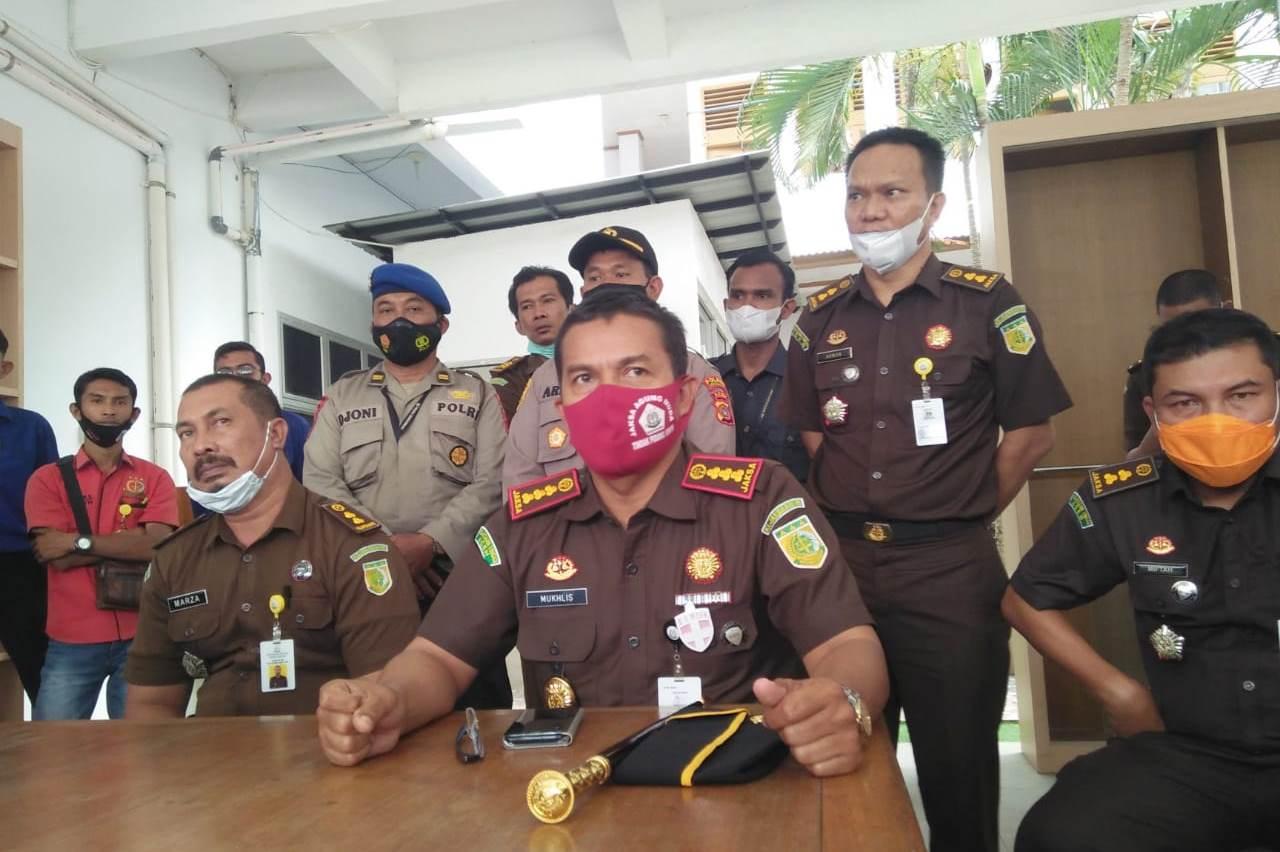 Kasus Tanggul Cunda-Meuraksa, Kajari Lhokseumawe Tunggu Petunjuk Kajati Aceh thumbnail